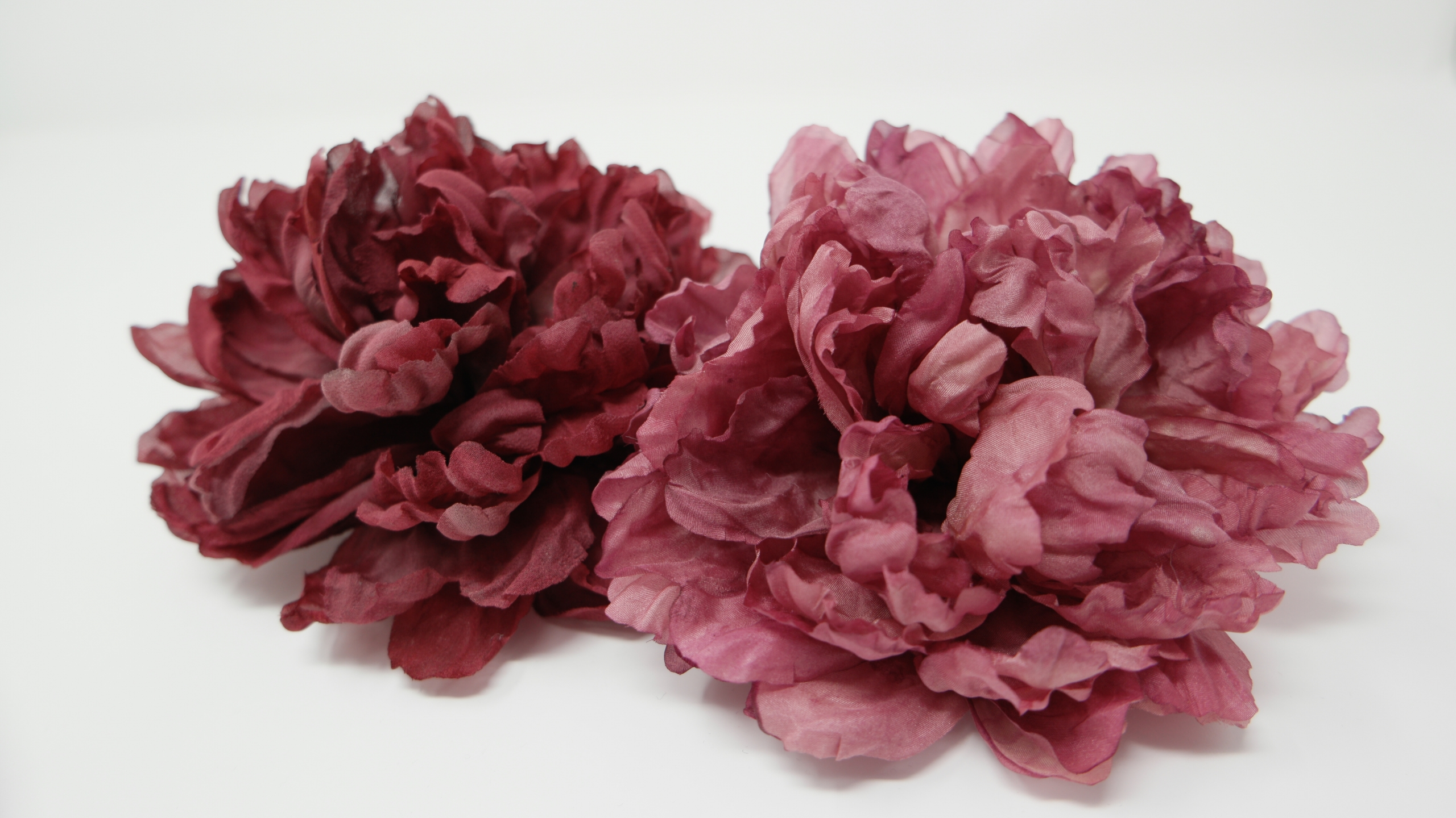 spille peonie tinte a mano