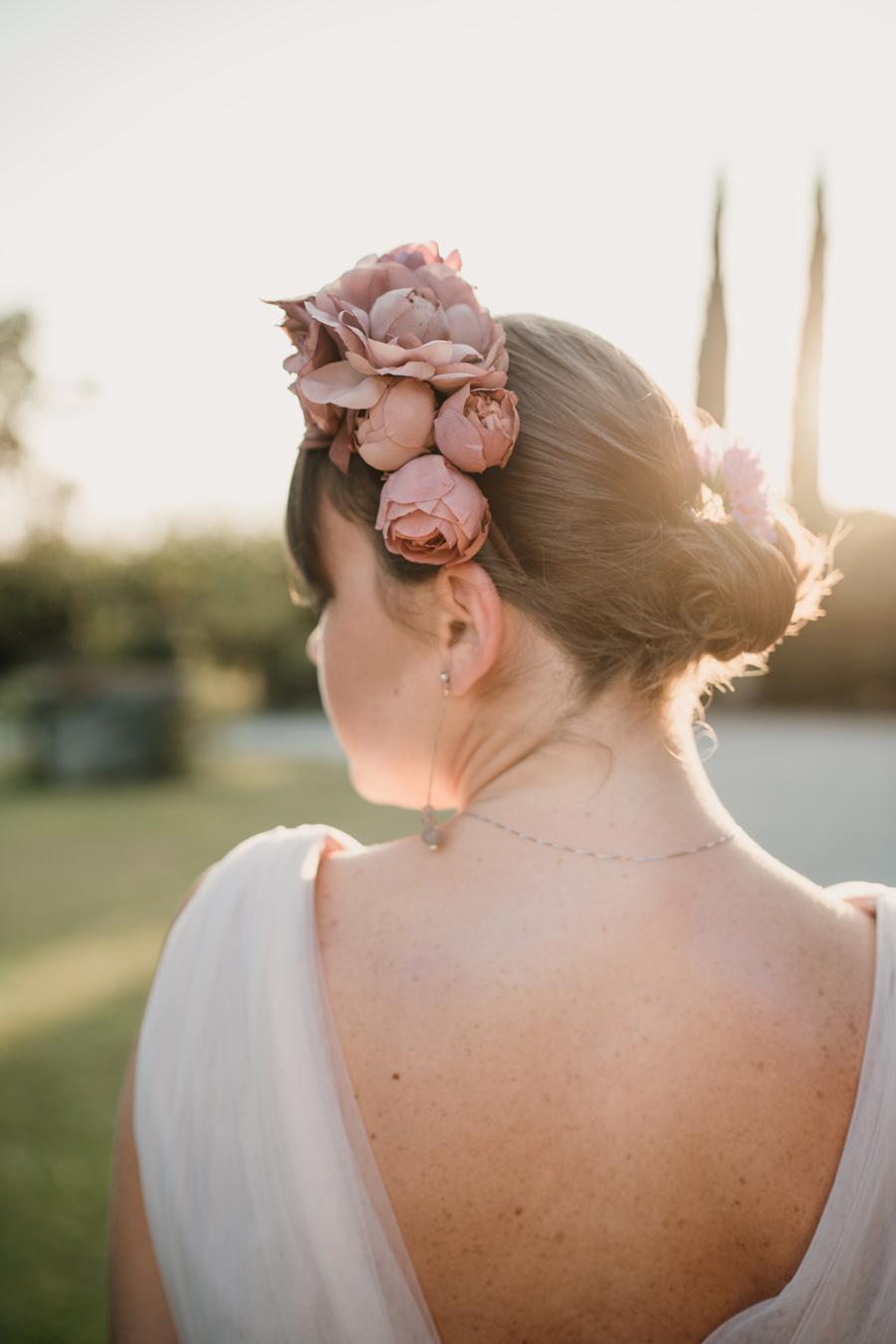 Cerchietto floreale rose e camelie cerimonia udine