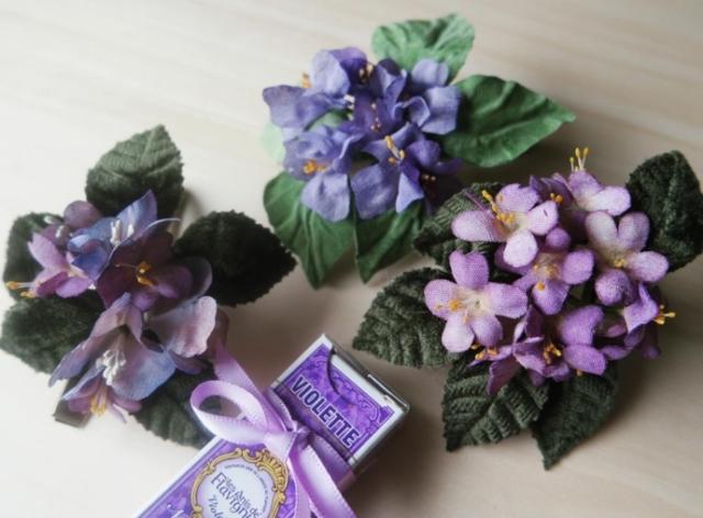 bouquet violette stoffa per damigelle