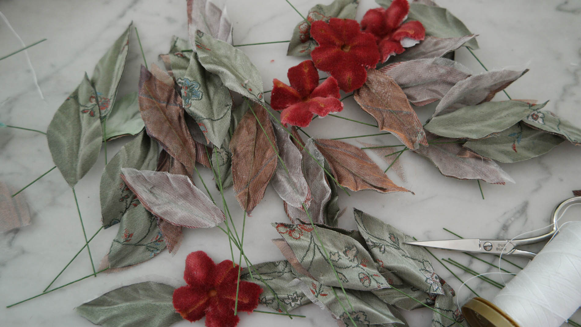 cerchietti con fiori in tessuto vintage