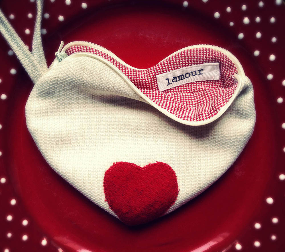 pochette cuore vintage
