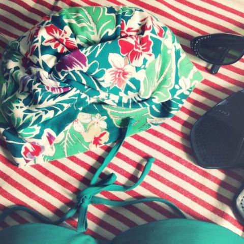turbante sartoriale per spiaggia