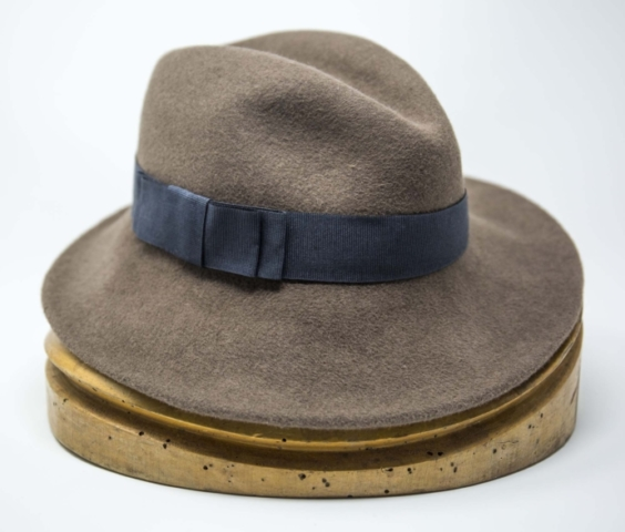 cappello fatto a mano fedora in lapin velour