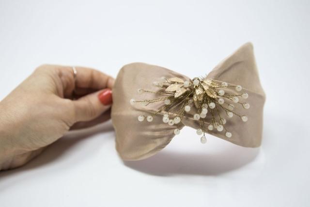 fascinator con bijoux per cerimonia