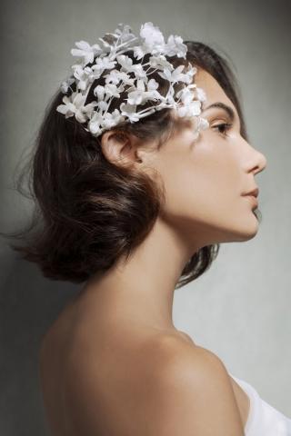 blossom bianco acconciatura sposa con fiori in seta