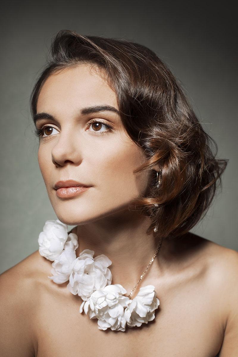 collana con fiori in seta da sposa officinelamour