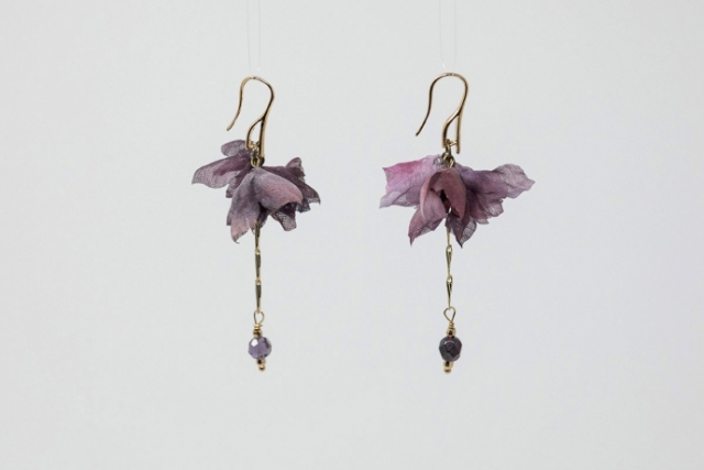 orecchini con fiori in seta officinelamour