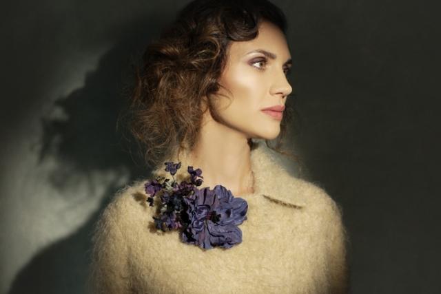 spilla con fiori in seta officinelamour