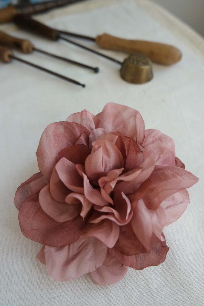 spilla sissiottostyle rosa antico